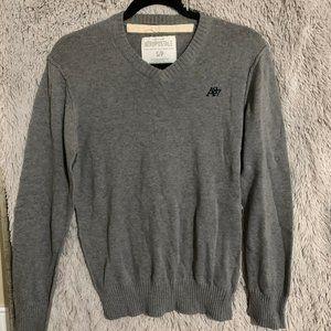 S gray v neck sweater